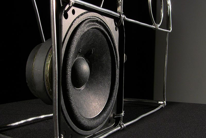 Radio Silence (2.speaker detail, front)
