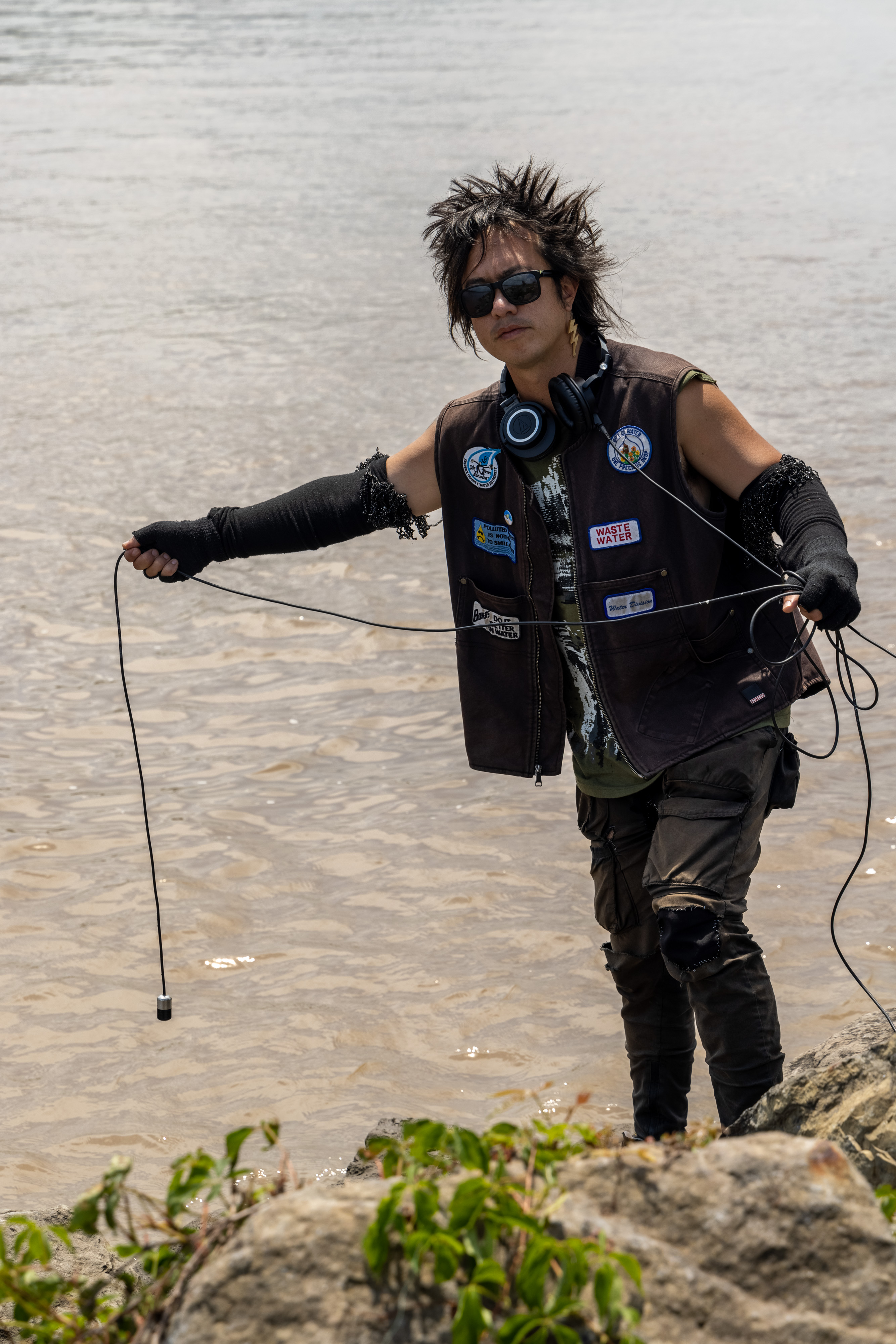 sTo Len Recording the Hudson River during his Wave Farm Residency (15)